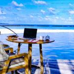 Resort nas Maldivas lança pacote de escritório de luxo